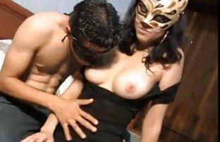 Gail, Nina Hartley, Sade anime xxx en español latino en una escena de sexo vintage
