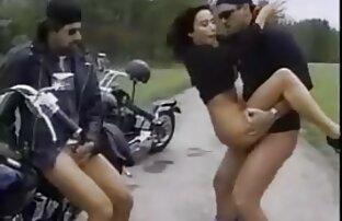 Nena videos de porno español latino color chocolate recibe una polla enorme