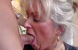 Jazy Berlin y porno latino castellano Cassandra Cruz desnudas - Lust in Space