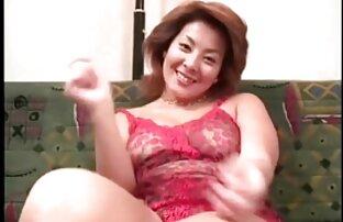 Hermosa rubia zorra no puede tener suficiente polla enorme en su culo pornos en español latino y coño