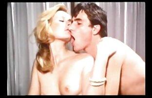 Alexis Crystal le da a su hombre Kristof una sexy ver porno audio latino sorpresa erótica